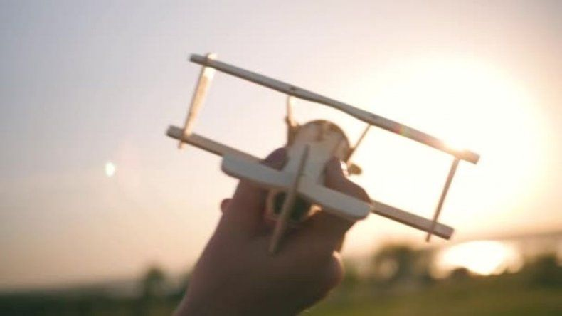 El Aeroclub  de Comodoro invita a los niños a volar