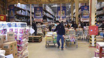 La suba de los precios mayoristas se traslada rápida y directamente a los precios minoristas.