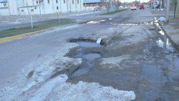 los crateres del san cayetano, un peligro para los automovilistas