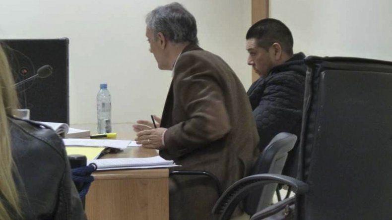 Andrés Maga Velázquez recibió tres meses de prisión de cumplimiento efectivo por haber violado la prohibición de manejar.
