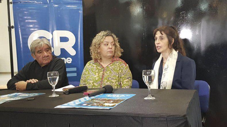 La conferencia de prensa en la que se anunció la realización del festival por el Día Mundial del Folclore.
