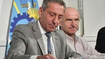 El gobernador autorizó el refinanciamiento a través de un DNU.