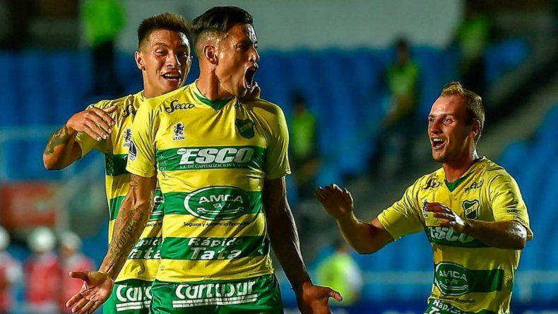 Defensa y Banfield juegan por la Copa Sudamericana