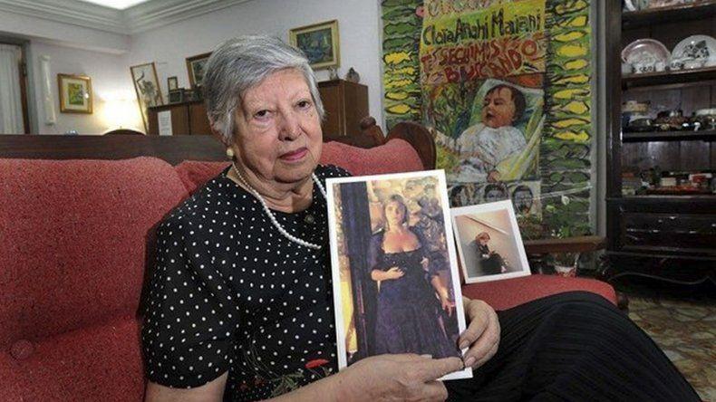 A Chicha Mariani los genocidas le mataron un hijo y a su nuera. A su nieta se la llevaron y nunca la encontró.