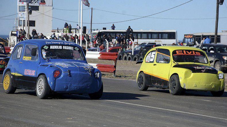 El TN 800cc fue una de las categorías que animó el Gran Premio Día del Niño en el autódromo Harry Regensburger de Caleta Olivia.