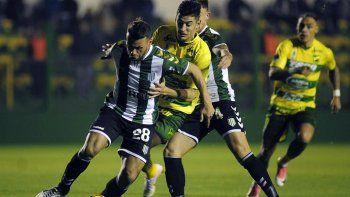 Defensa y Banfield igualaron sin goles en Varela