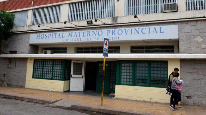 Tuvieron que extirparle el útero a una joven tras un aborto clandestino