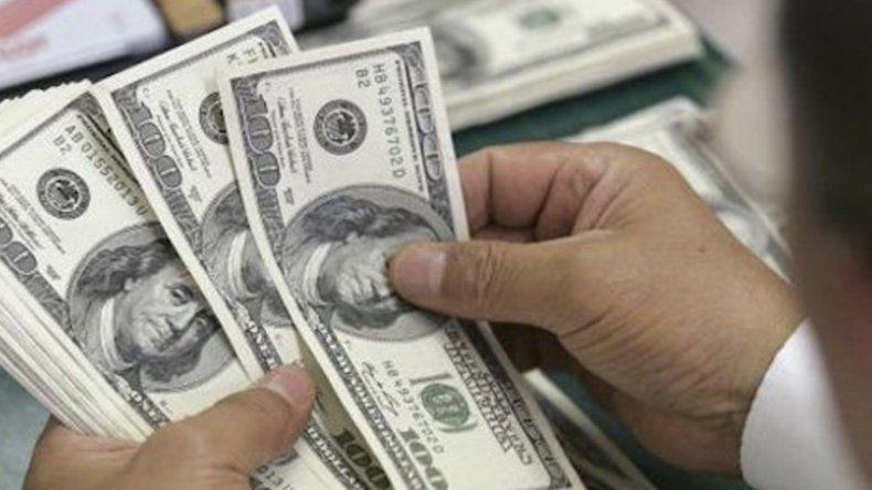 Sin la intervención del Banco  Central el dólar bajó a $38,97
