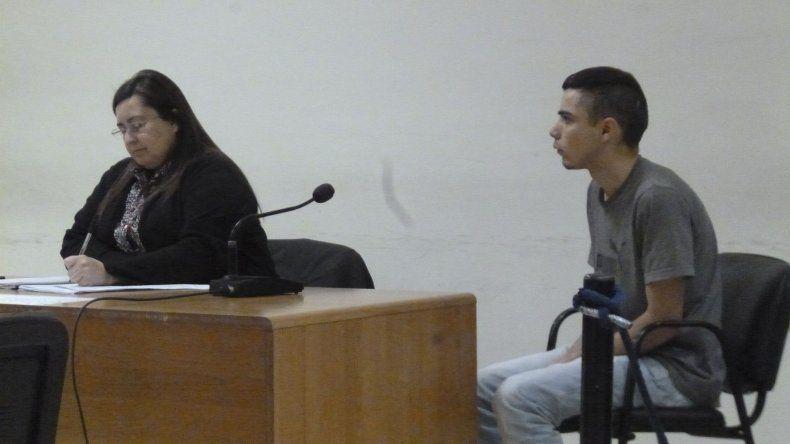 Oscar Pallis junto a la defensora Lilian Bórquez.