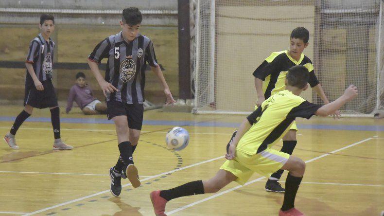 La Asociación Promocional de futsal continuará esta tarde con la disputa del torneo Clausura 2018 en sus diferentes categorías.