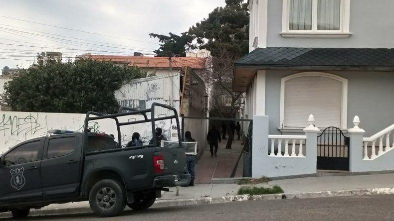 Por un robo en Km 14, la Brigada despliega tres allanamientos en La Loma
