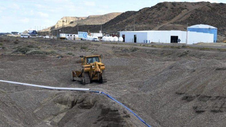 La construcción de la Planta de Osmosis Inversa se paralizó a fines de 2017 y ahora tanto la Municipalidad y Provincia quieren hacerse cargo de su finalización.