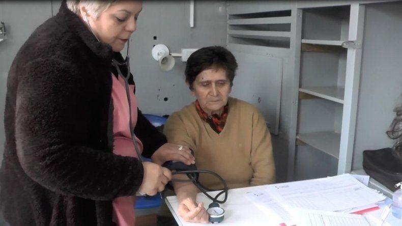 Masiva concurrencia de pacientes  al tráiler de salud en barrio Laprida