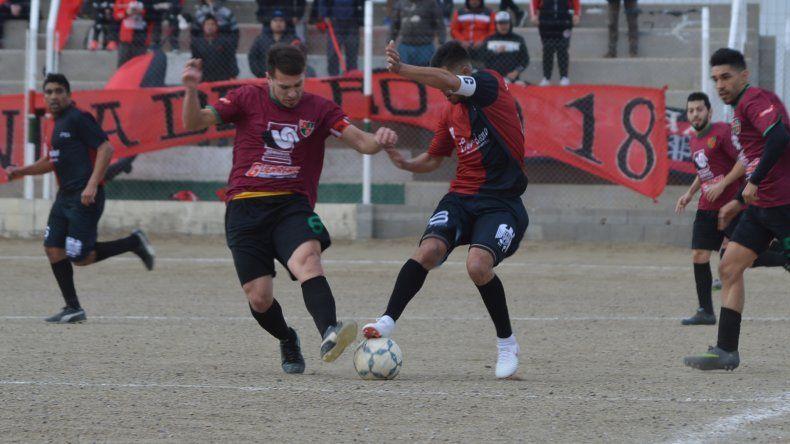 Deportivo Portugués se hizo fuerte de local para ganarle a Palazzo que hoy puede resignar la punta si Oeste vence a Manantiales Behr de Ciudadela.