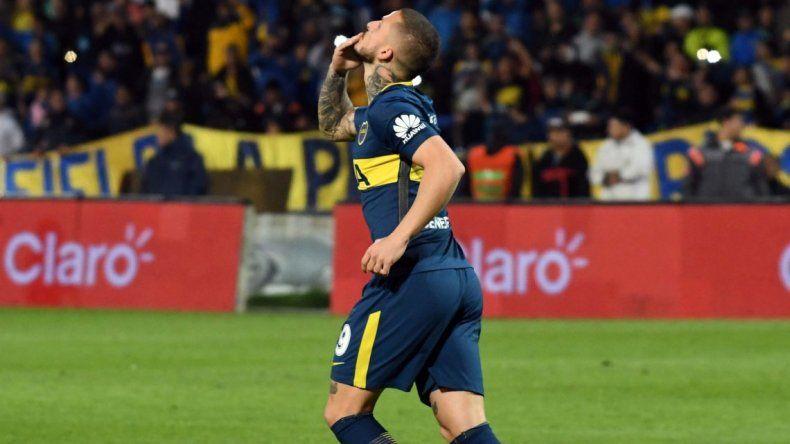 Darío Benedetto podría sumar algunos minutos cuando esta noche Boca visite a Huracán en Parque Patricios.