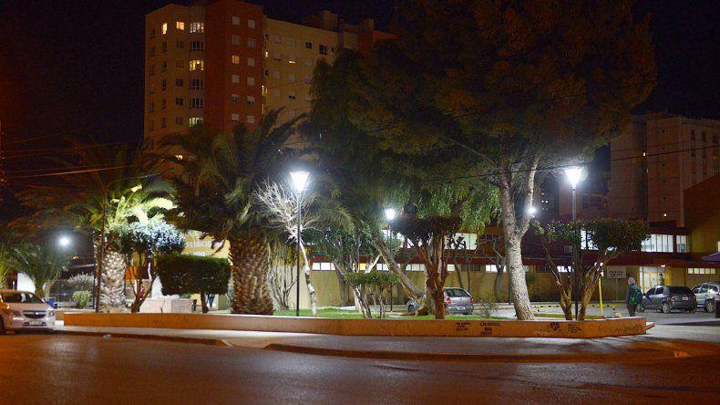 El Municipio reforzó la iluminación en el perímetro de la Terminal de Ómnibus