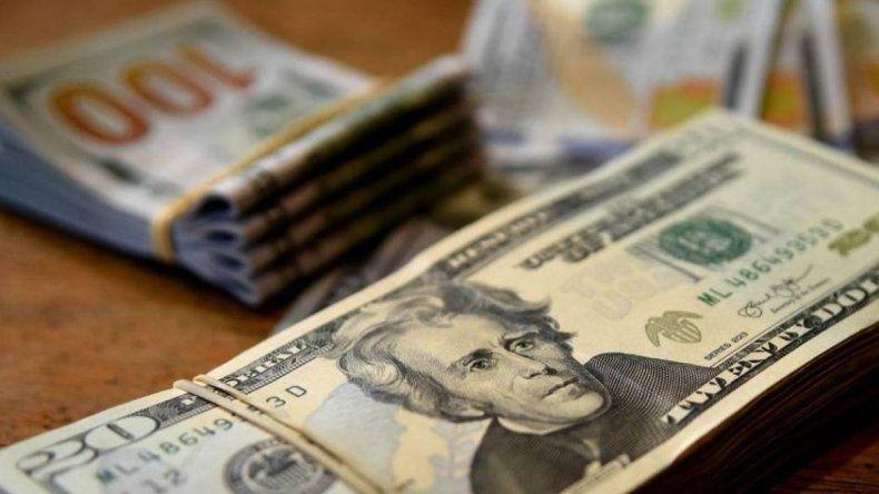 El dólar abre estable en otro supermartes de Lebacs