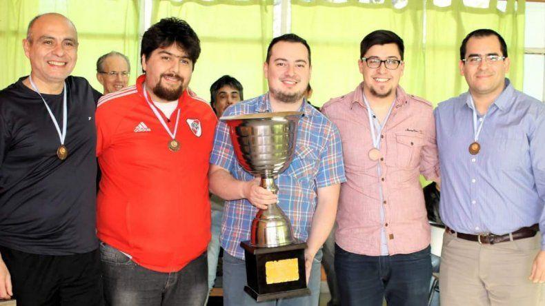El equipo de El Mundo del Ajedrez arrasó en Playa Unión.
