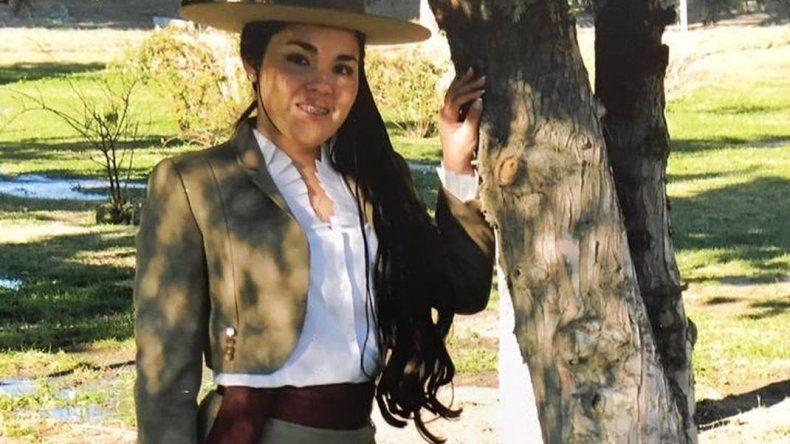 Antonella Guzmán - Asociación de Residentes Chilenos