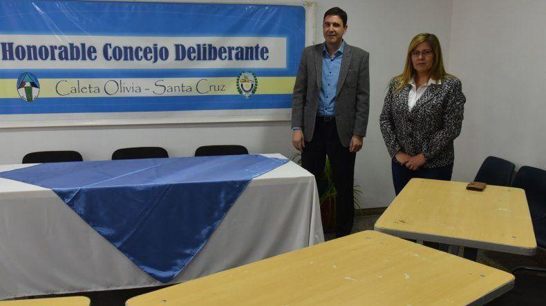 Nuevamente ayer no pudo sesionar por falta de quórum el Concejo Deliberante de Caleta Olivia. Solo se presentaron Pablo Calicate y Liliana Andrade.
