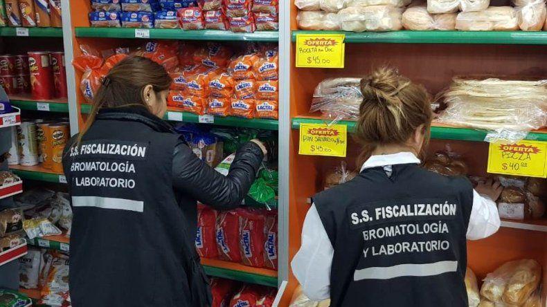 Clausuraron supermercado chino por falta de higiene