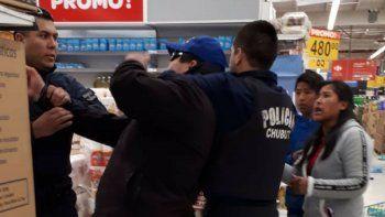 Reforzaron la seguridad de  todos los supermercados de la ciudad
