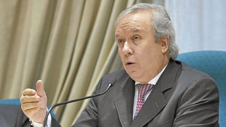 El exgobernador Daniel Peralta se puso a disposición del juez Claudio Bonadio y presentó un escrito a través de su abogado defensor.