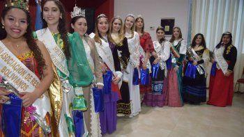Entre once candidatas se elige esta noche a la reina de las Comunidades Extranjeras