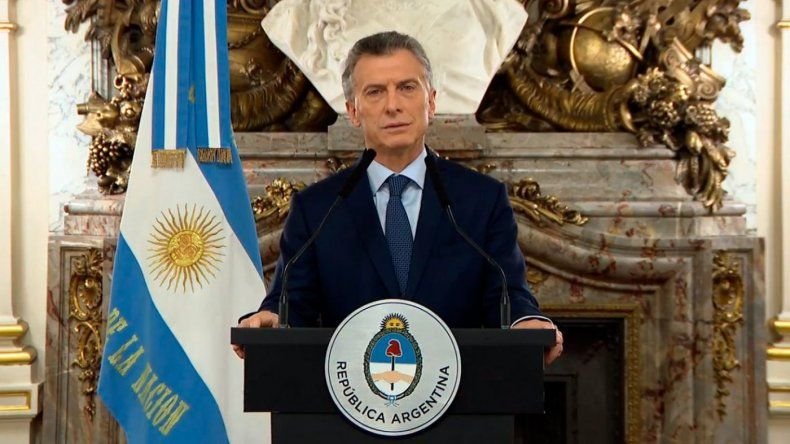 Macri anunció recortes e insistió con que hay que acelerar el ajuste