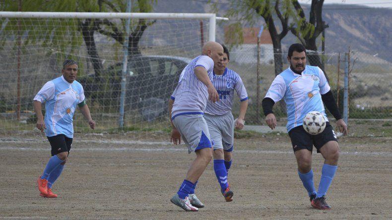 Puerto Argentino derrotó 4-1 a Transportes Doble B por la zona B de la categoría Senior.