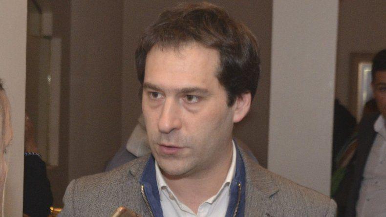 Viceintendente Luque: pretender llevar la tarifa al costo del boleto es una medida desafortunada e insensible.