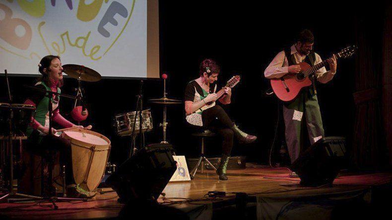 El grupo Borde Verde presentará el espectáculo Canciones para reírse del invierno el sábado en Rada Tilly.