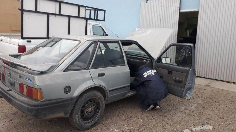 El Ford Escort circulaba con un chasis que no se correspondía con el dominio del auto.