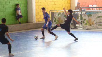 Comodoro Rivadavia no pudo con Río Gallegos y se despidió en los cuartos de final del Argentino Juvenil de futsal que se disputa en San Miguel de Tucumán.