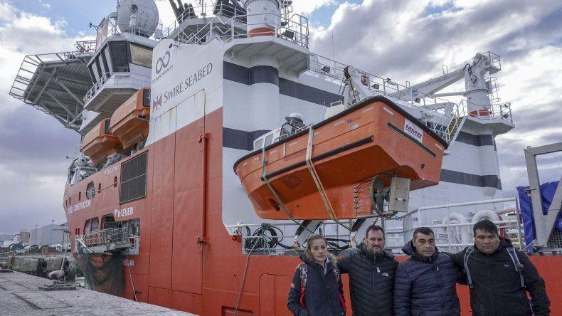 Los cuatro familiares de los submarinistas que abordarán el buque son Luis Tagliapietra