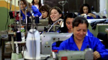 El sector textil busca reactivar su producción a través de la Cámara Textil de Chubut.