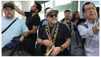 Dorados de Sinaloa presenta hoy a Maradona como DT
