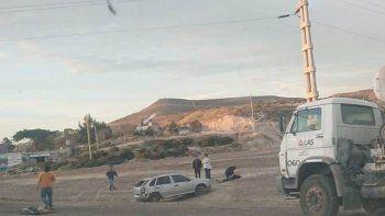 una mujer resulto herida al derrapar su auto en el predio ferial