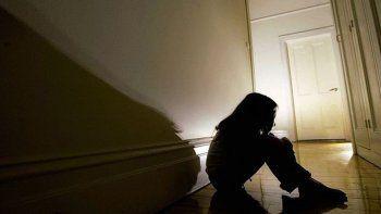 fue condenado por abusar a su hijastra de 12 anos