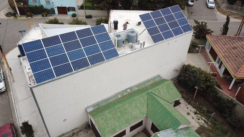 Paneles solares abastecerán de energía al edificio del IAPG