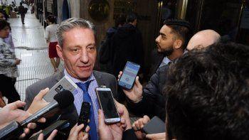 Aunque ratificó que su disposición es avalar el presupuesto de Macri, el gobernador de Chubut resaltó que hasta anoche no habían visto ni un papel, solo ideas en las que todos acordaban.