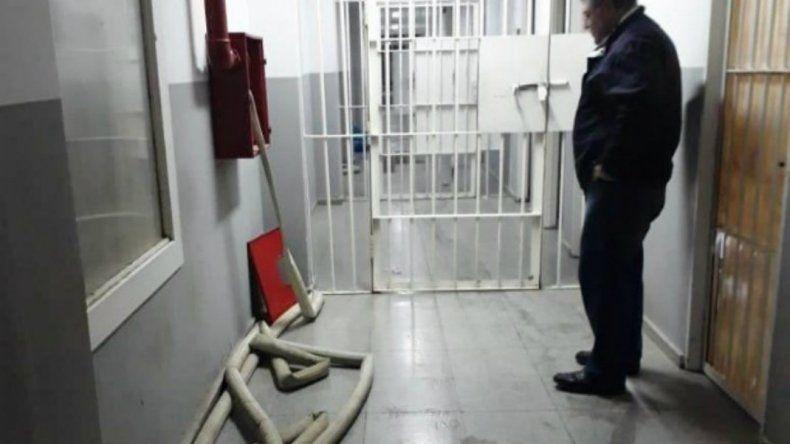Trasladaron a comisarías a cinco de los amotinados en la alcaidía de Truncado