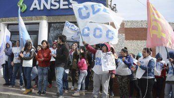 Los referentes de la Corriente Clasista y Combativa volvieron a manifestarse ayer en la sede local de la ANSeS.