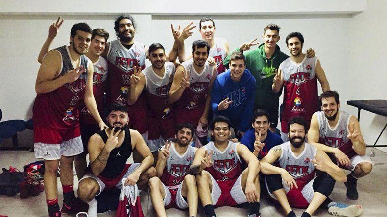 Federación Deportiva festeja su segunda victoria en el torneo Clausura de Primera división y sueñan con el pentacampeonato.