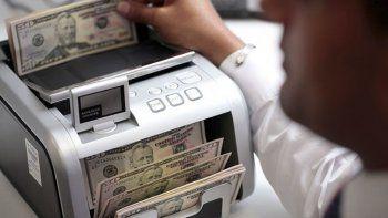El dólar tiene una fuerte baja