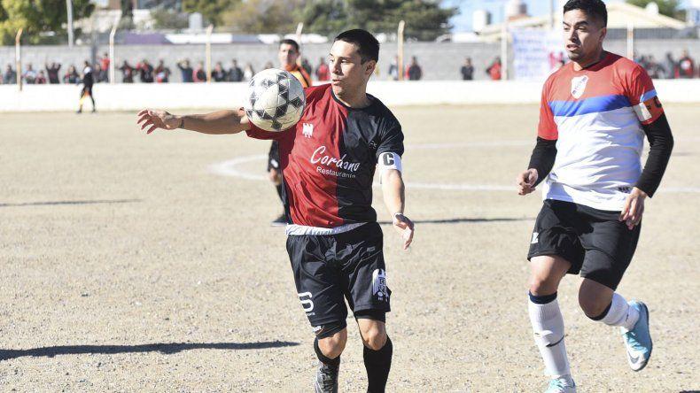 Próspero Palazzo viene de golear 5-0 a Manantiales Behr de Ciudadela y hoy defenderá la punta en Kilómetro 27.