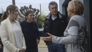 Macri y Vidal en su recorrida de ayer por San Miguel.