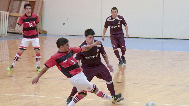 El fútbol de salón de la Categoría Principal continuará esta tarde con la definición del torneo Clausura.