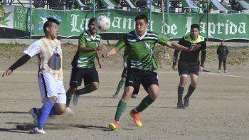 Laprida y Oeste quedaron a mano en el clásico jugado en la tarde de ayer correspondiente a la séptima fecha del torneo Final B. (Foto: Carlos Alvarez).