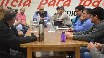 los transportistas reclaman por la eliminacion del precio diferencial del gasoil en la patagonia